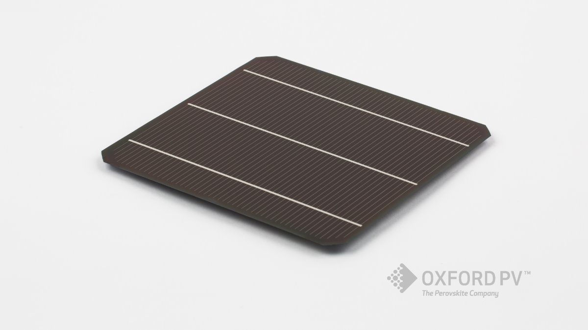 Offer Perovskite-on-silicon tandem solar cells