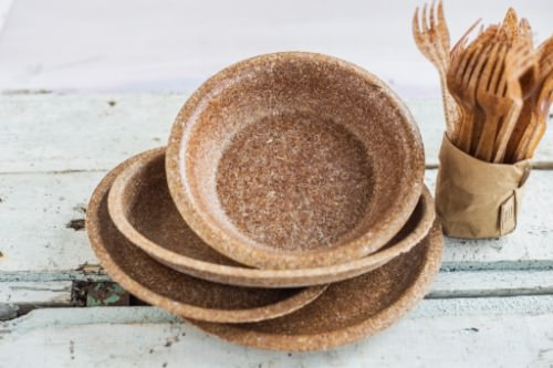 Gallery Biodegradable single-use wheat bran tableware 1