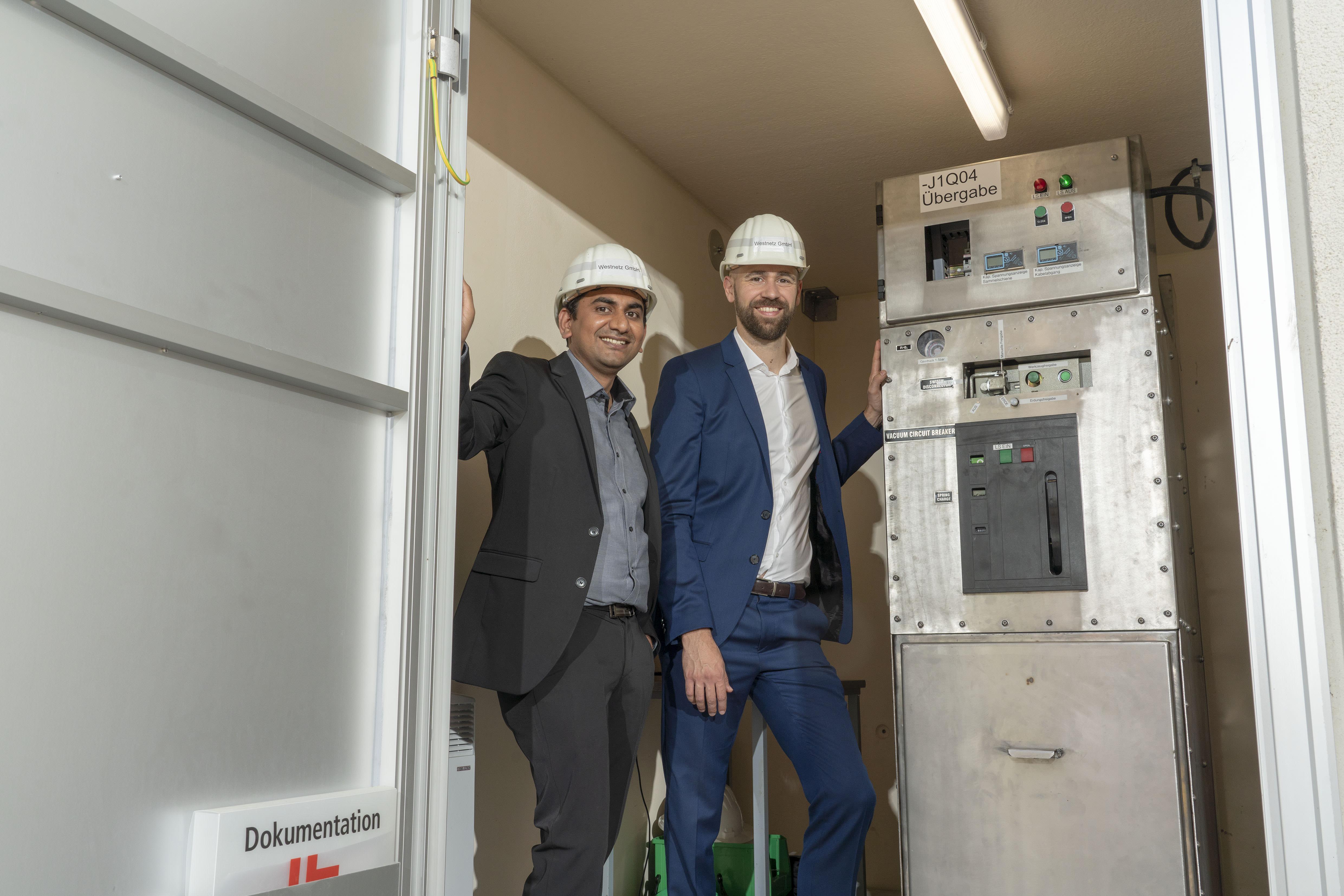 Gallery Dry-air medium voltage gas insulated switchgear 2