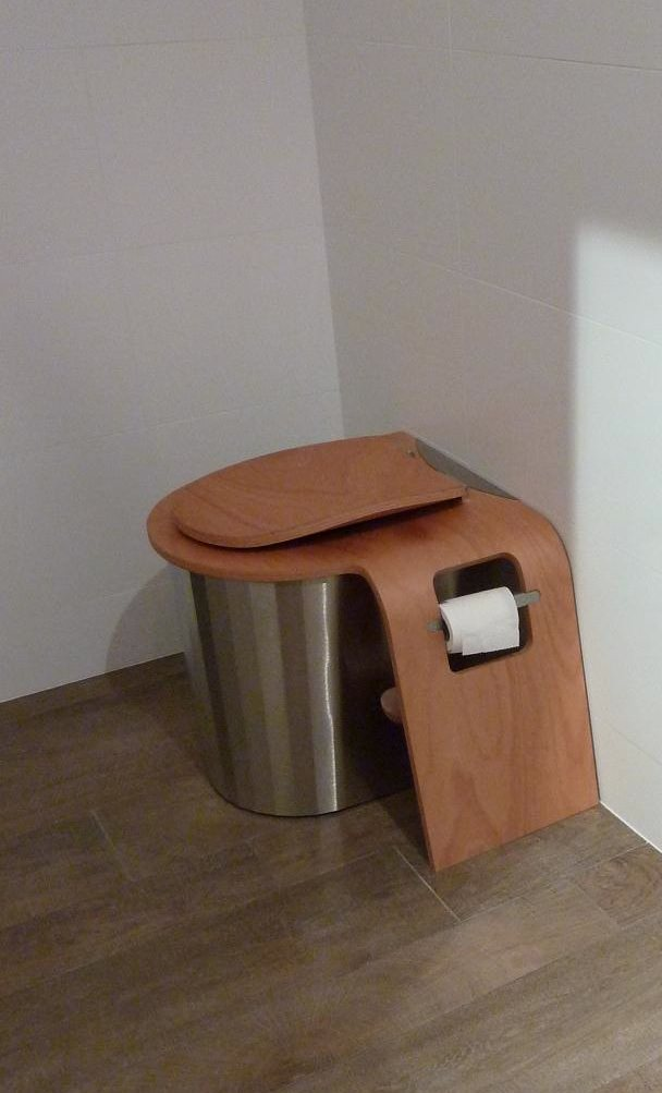 Gallery Modern dry toilets  3