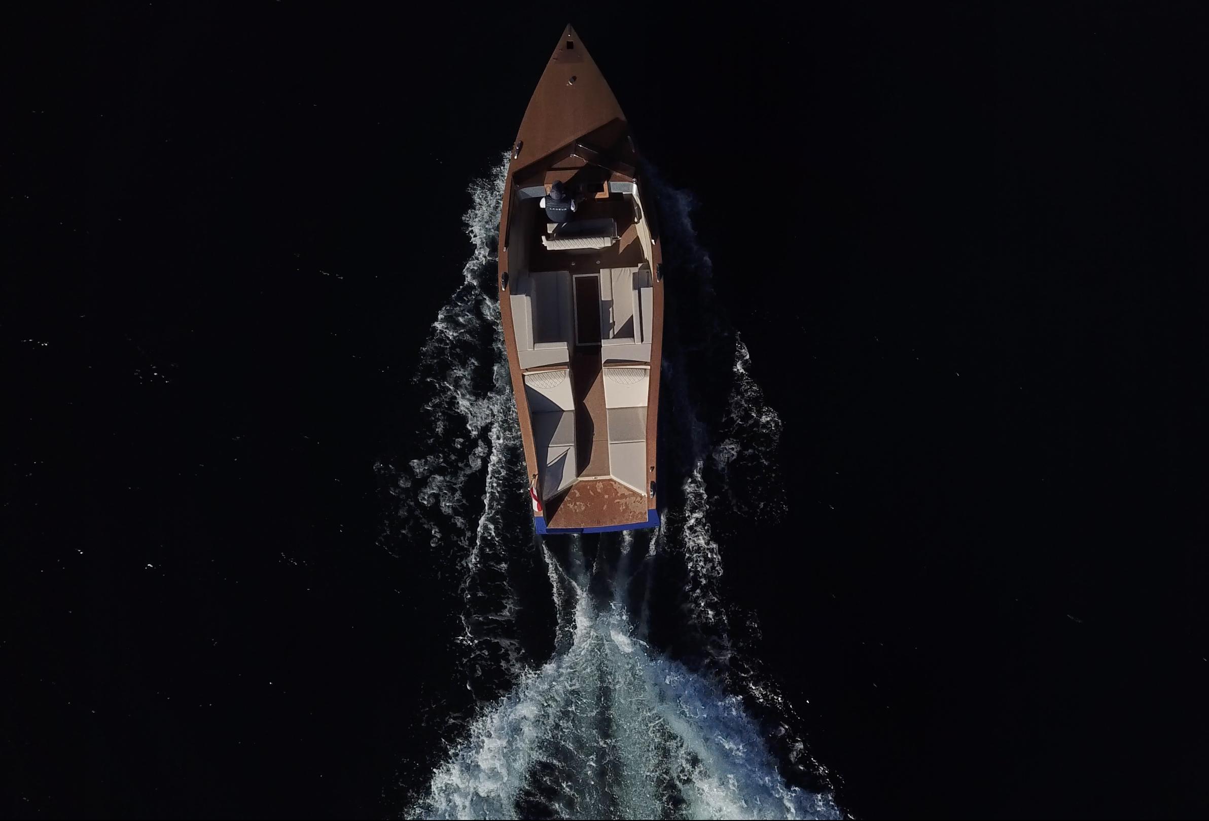 Gallery Lanéva Dayboat 3