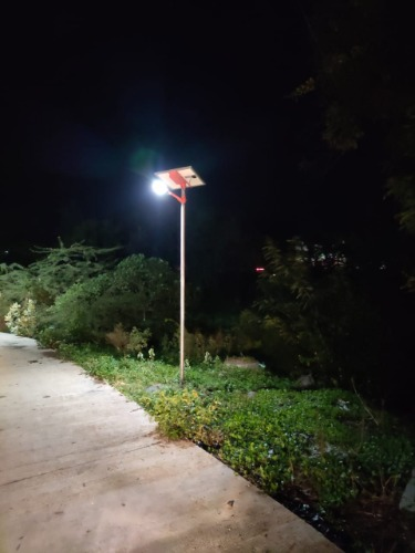 Gallery Solar Hybrid Street Light 3